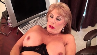 Slutty older blond rae hart prefers posing and playing with her sissy