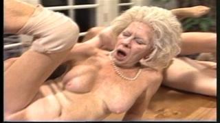 Grumpy old woman - xxx granny pl