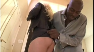 Black knob for blond with large scoops - pornkitties.com