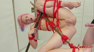 Hard anal pounding for tanzi