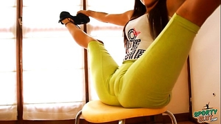 Big wazoo flawless body legal age teenager stretching and bending! cameltoe queen!