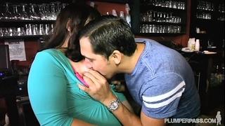 Plump bartender copulates fellow waiter in nightclub