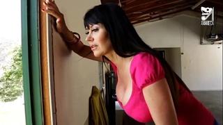 Porno mexicano exterminator seduces the hottest milf with large titties!! eva karera