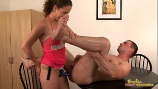 Deeply pegged man comes from assfucking