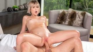 Short-haired XXX cutie gets her tight hole fucked hard
