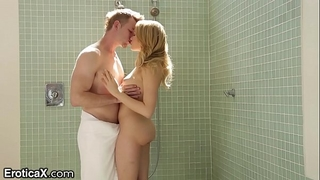 Big schlong shower surprise for blond mia malkova
