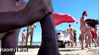 Suck a large 10-Pounder on a public beach