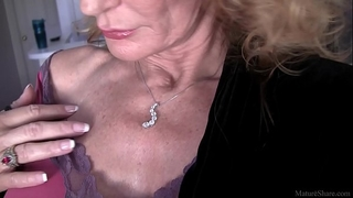 Cool granny solo act in fullhd