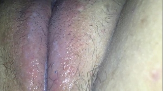 Fucking my cum-hole with a hairbrush