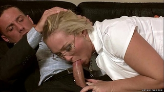 Milf barbara sucks on a hard youthful shaft