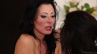 Zoey holloway & veronica avlul - gals giving a kiss angels