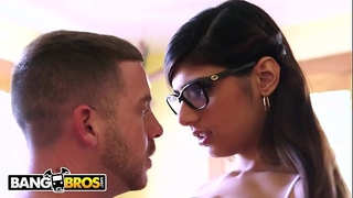 Bangbros - large mounds arab pornstar mia khalifa is back and hotter than ever!