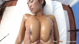 Massage some massive natural mangos and bareback creampie her afterward